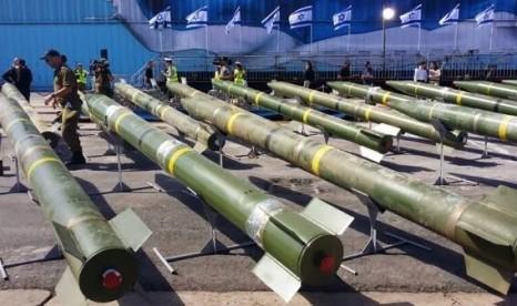 _crop4Iran-M-302-rockets